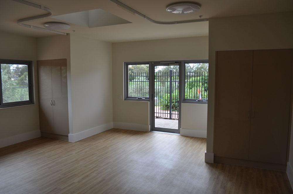 Flinders Lodge - Court Door new