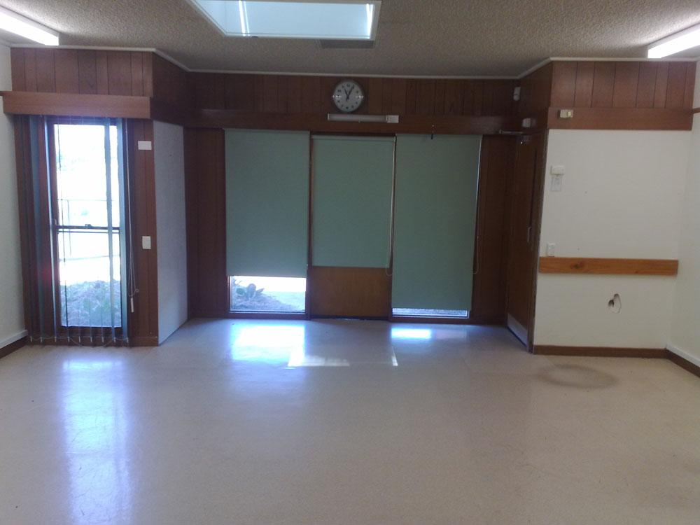 Flinders Lodge - Court Door old